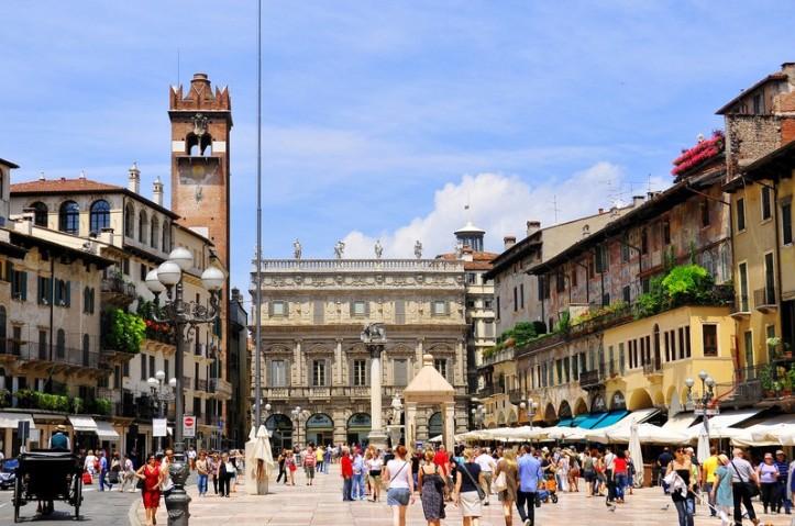 bigstock-piazza-delle-erbe-41565946